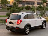 Chevrolet Captiva 2014 года за 6 600 000 тг. в Шымкент – фото 2