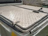 2 в 1 Кунг крышка багажника Toyota Hilux 2008-2014 алюминевый за 185 000 тг. в Алматы – фото 2