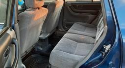 Honda CR-V 1998 года за 3 100 000 тг. в Семей – фото 5