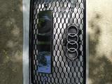 Решётка радиатора на Audi RS q7 за 225 000 тг. в Алматы – фото 2