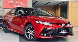 Toyota Camry 2021 года за 18 300 000 тг. в Алматы – фото 3