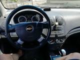 Chevrolet Aveo 2012 года за 2 300 000 тг. в Атырау – фото 2