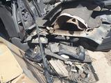 Б/у Серый велюровый салон с Тойота Прадо 120кузов. Пластик, детали… за 250 000 тг. в Актобе – фото 4