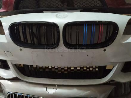 Бампер передний на BMW f10 M рестайлинг в сборе за 350 000 тг. в Алматы – фото 3