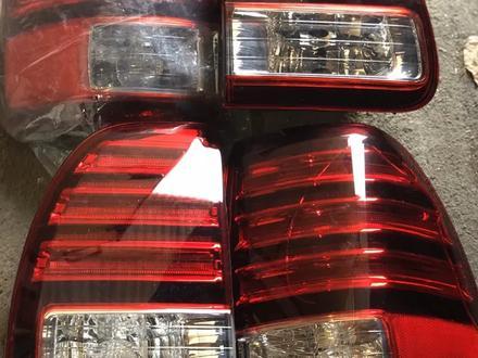 Оптика на Lexus LX470 за 45 000 тг. в Павлодар