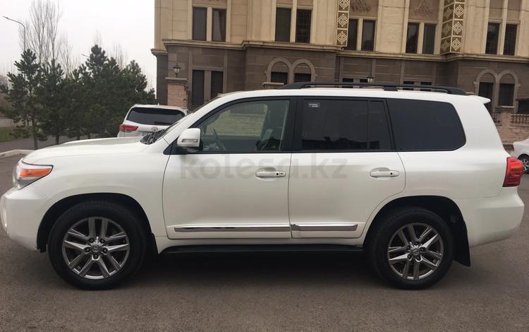 Toyota Land Cruiser 2014 года за 19 500 000 тг. в Нур-Султан (Астана)