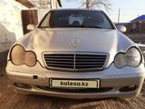 Mercedes-Benz C 200 2001 года за 2 300 000 тг. в Усть-Каменогорск