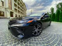 Toyota Camry 2019 года за 12 800 000 тг. в Алматы