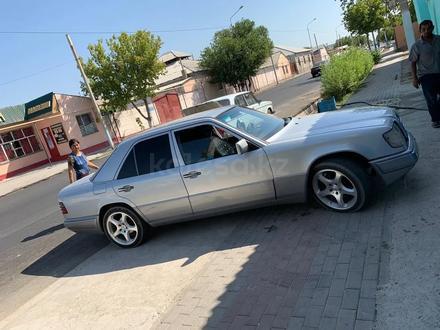 Mercedes-Benz E 280 1995 года за 2 600 000 тг. в Шымкент – фото 3