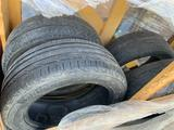 Шины Bridgestone Turanza T001 215/55 R17 94V (б/у) за 5 000 тг. в Рудный