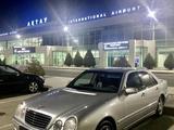 Mercedes-Benz E 320 2000 года за 3 900 000 тг. в Актау – фото 3