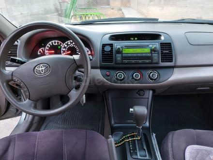 Toyota Camry 2005 года за 3 870 000 тг. в Шымкент – фото 6