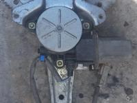 Стеклоподъёмник задний правый HONDA CRV за 7 000 тг. в Семей