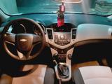Chevrolet Cruze 2011 года за 3 600 000 тг. в Шымкент – фото 2