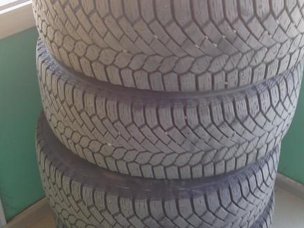 Комплект зимних шин, 255/55 R19 разболтовка 5х112 за 220 000 тг. в Семей