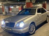 Mercedes-Benz E 320 1998 года за 3 300 000 тг. в Алматы