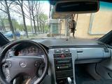 Mercedes-Benz E 320 1998 года за 3 300 000 тг. в Алматы – фото 3