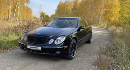 Mercedes-Benz E 500 2005 года за 4 900 000 тг. в Петропавловск
