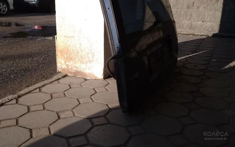 Дверь багажника за 45 000 тг. в Алматы