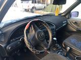 Chevrolet Niva 2014 года за 3 150 000 тг. в Тараз – фото 3
