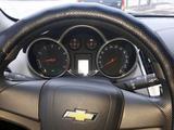 Chevrolet Cruze 2014 года за 3 800 000 тг. в Семей – фото 3