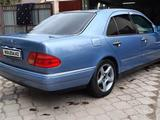 Mercedes-Benz E 320 1997 года за 3 300 000 тг. в Павлодар – фото 5