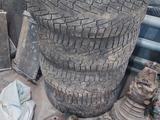 Хромированные диски с зимней резиной нокиан от инфинити fx35 на 20 за 110 000 тг. в Актобе – фото 2