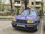 Volkswagen Vento 1993 года за 1 300 000 тг. в Алматы
