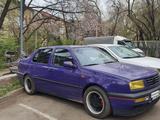 Volkswagen Vento 1993 года за 1 300 000 тг. в Алматы – фото 2