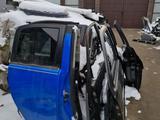 Двери для Lexus GX 470.460 за 1 000 тг. в Алматы