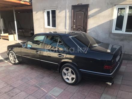 Mercedes-Benz E 280 1994 года за 1 900 000 тг. в Алматы – фото 2