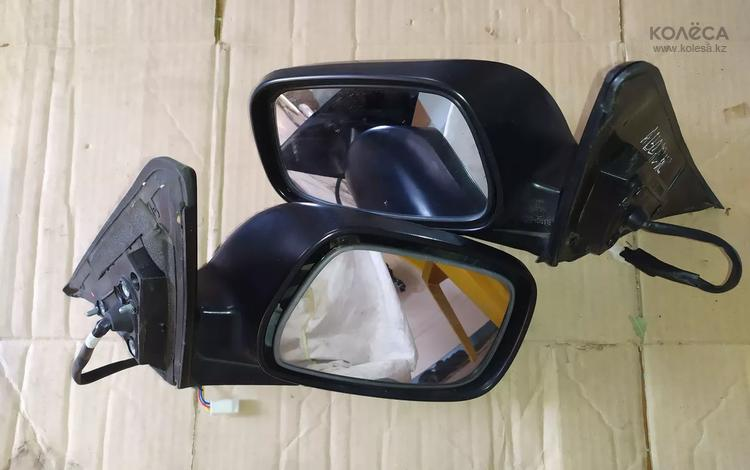Боковое зеркало заднего вида на Toyota Avensis. Тойота Авенсис за 555 тг. в Шымкент