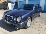 Mercedes-Benz E 230 1997 года за 2 250 000 тг. в Павлодар