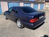 Mercedes-Benz E 230 1997 года за 2 250 000 тг. в Павлодар – фото 4