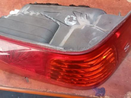 Toyota Camry 25 задний фонарь Американс за 15 000 тг. в Алматы