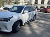 Lexus LX 570 2016 года за 33 100 000 тг. в Алматы – фото 3