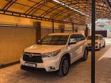 Toyota Highlander 2014 года за 16 700 000 тг. в Актау – фото 2