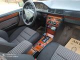 Mercedes-Benz E 220 1991 года за 2 500 000 тг. в Шымкент