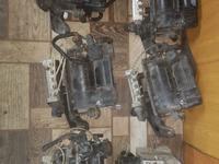 Блок клапанов и компрессор пневмы w220 Mercedes-Benz за 40 000 тг. в Алматы