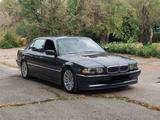 BMW 750 1999 года за 4 170 000 тг. в Бишкек