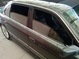 BMW 750 1999 года за 4 170 000 тг. в Бишкек – фото 2