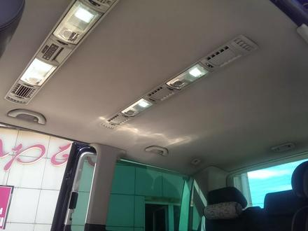 Volkswagen Multivan 2011 года за 9 300 000 тг. в Павлодар – фото 9