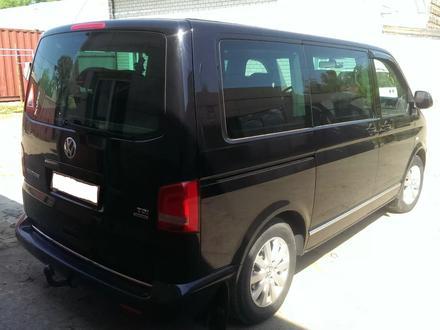 Volkswagen Multivan 2011 года за 9 300 000 тг. в Павлодар – фото 2
