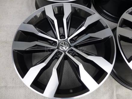 Диски VW r19 5x112 за 240 000 тг. в Алматы – фото 2