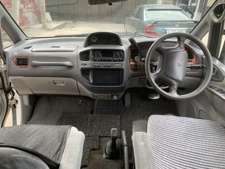 Mitsubishi Delica 1997 года за 2 800 000 тг. в Алматы – фото 7