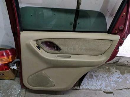 Двери крышка багажника на Мазда Трибют за 15 000 тг. в Алматы – фото 4