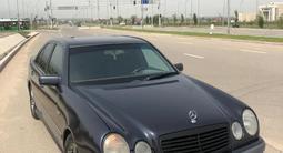 Mercedes-Benz E 320 1996 года за 2 800 000 тг. в Алматы – фото 3