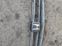 Решетка радиатора оригинал Хонда аккорд за 12 000 тг. в Алматы