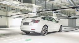 Tesla Model 3 2020 года за 39 500 000 тг. в Алматы – фото 5