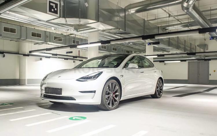 Tesla Model 3 2020 года за 39 500 000 тг. в Алматы